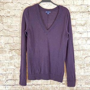 Men's purple gap 100% wool v-neck sweater size M